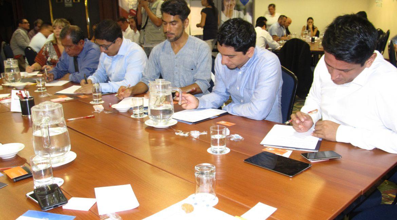 IV Café E-Business: Trabajando para impulsar una ley de Comercio Electrónico