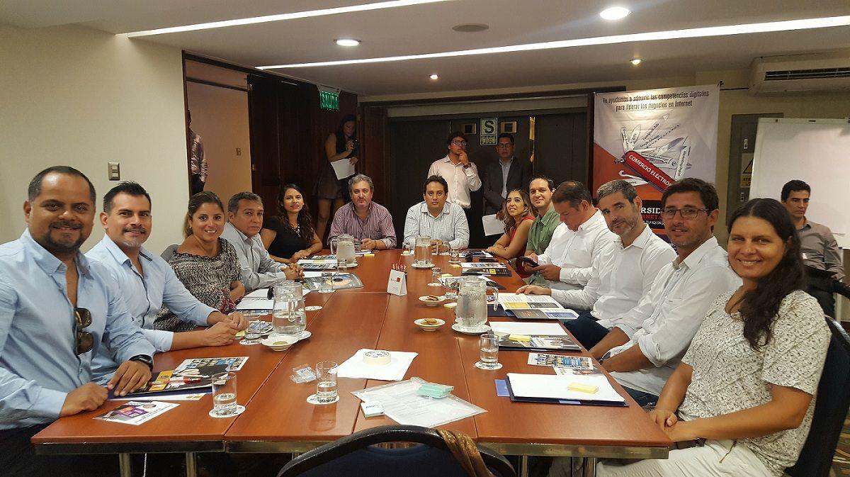 Mesa de trabajo Publicidad Online en Perú - Ecommerce